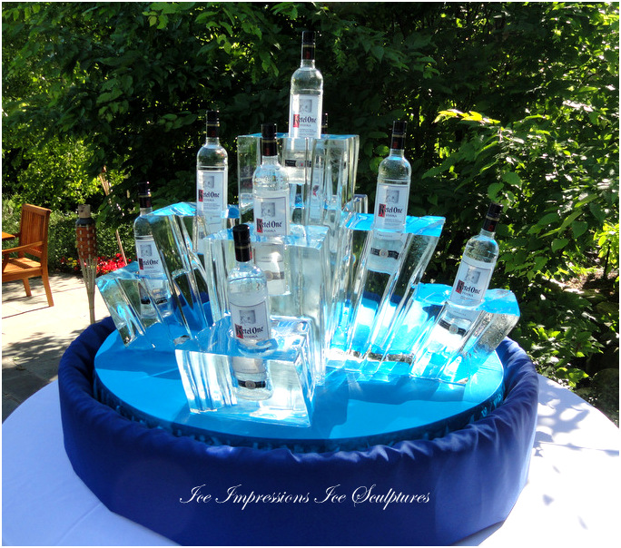 By Ice Impressions, ice-impressions.com, Custom Monogram Ice Sculpture, Martini Server, Martini Server Ice Sculpture, Champagne Chiller Ice Sculpture, Ice Impressions, Ice Impressions Ice Sculptures, ice-impressions.com, ice sculpture, special events, special events ice sculpture, ice carving, ice carvings, ice sculptures, Michigan ice, ice sculpture Michigan, Michigan Ice Sculpture, Luxury Wedding, Northern Michigan Weddings, Northern Michigan Wedding, Luxury Wedding Decor Ice Sculpture.